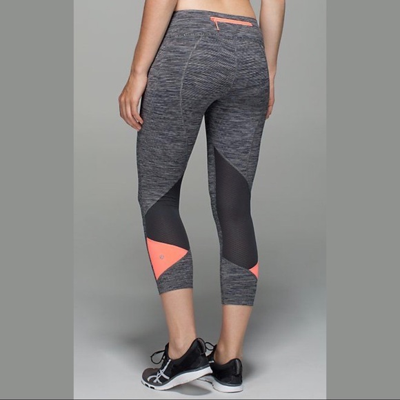 a9165a4997 lululemon athletica Pants | Lululemon Leggings With Mesh Details ...